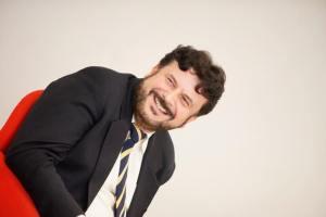 Americo Bazzoffia Consulente e Formatore aziendale - Giornalista e saggista - Professore universitario - Comunicatore pubblico abilitato - Tecnico pubblicitario e digital strategist
